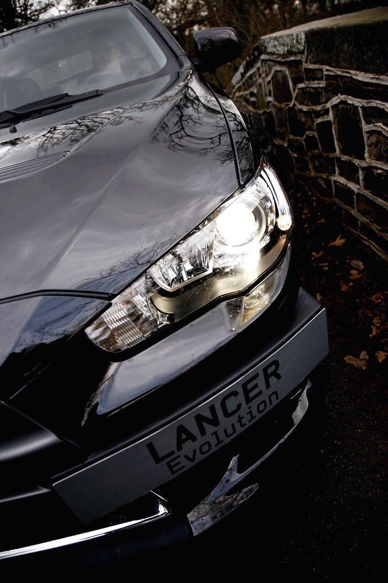 Akční snímky Mitsubishi Lancer Evo X: - fotka 30