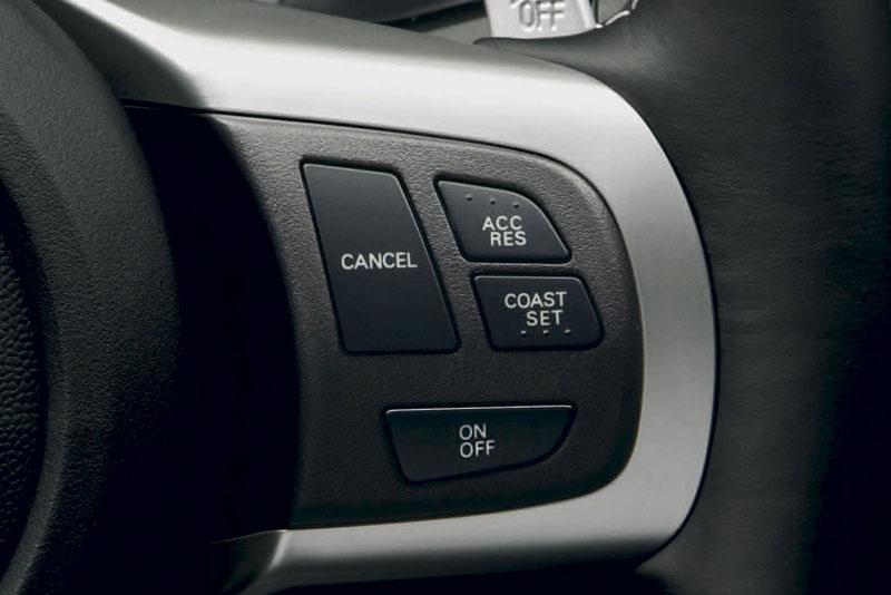 Mitsubishi Lancer Evo X pro rok 2010: o 1,5 kg lehčí: - fotka 7