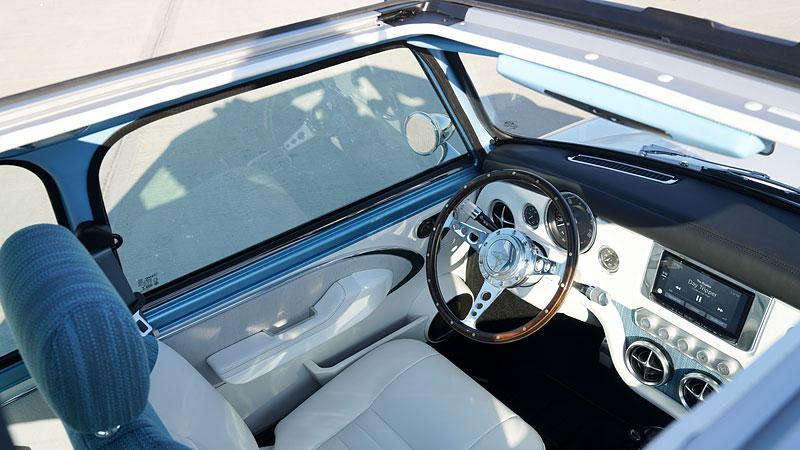 Teď můžete mít klasické Mini jako nové auto. Je ale absurdně drahé: - fotka 2