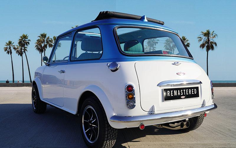 Teď můžete mít klasické Mini jako nové auto. Je ale absurdně drahé: - fotka 12