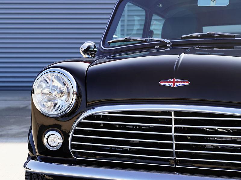 Teď můžete mít klasické Mini jako nové auto. Je ale absurdně drahé: - fotka 14