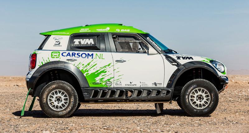 Mini vyrazí na Dakar 2015 s osmičkou aut: - fotka 9