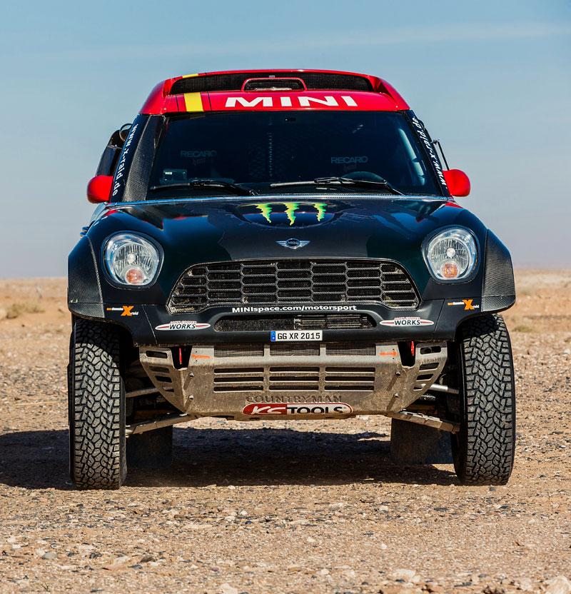 Mini vyrazí na Dakar 2015 s osmičkou aut: - fotka 12