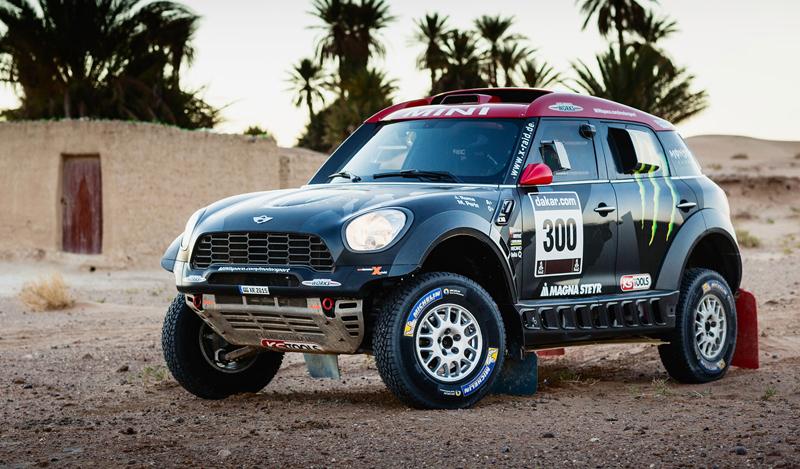 Mini vyrazí na Dakar 2015 s osmičkou aut: - fotka 22