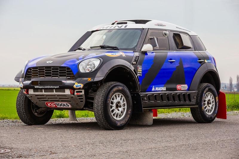 Mini vyrazí na Dakar 2015 s osmičkou aut: - fotka 49