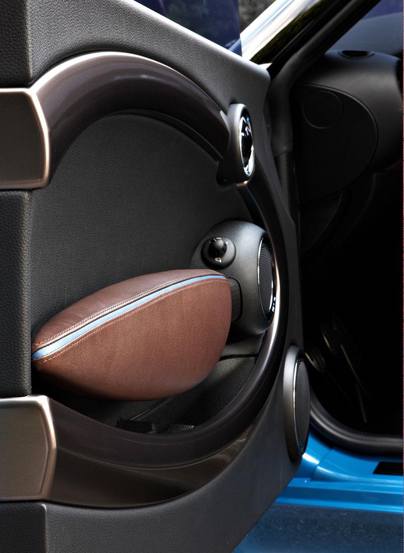 Frankfurt 2009: Mini Coupe Concept - dvě místa, 211 koní a fůra fotek: - fotka 5