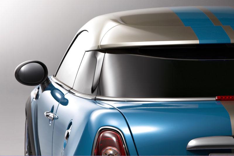 Frankfurt 2009: Mini Coupe Concept - dvě místa, 211 koní a fůra fotek: - fotka 33