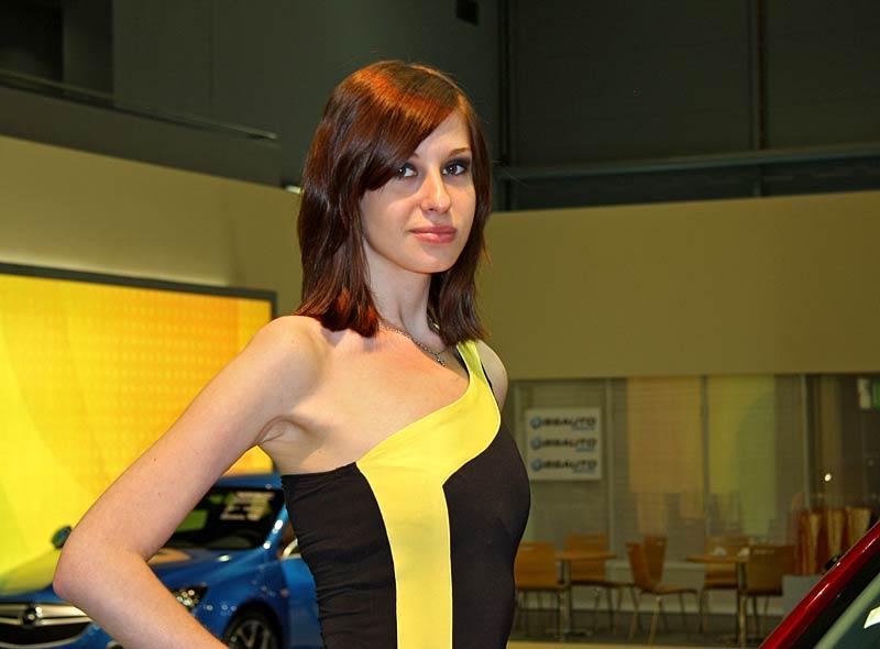 Autosalon Brno 2011: Babes: - fotka 22