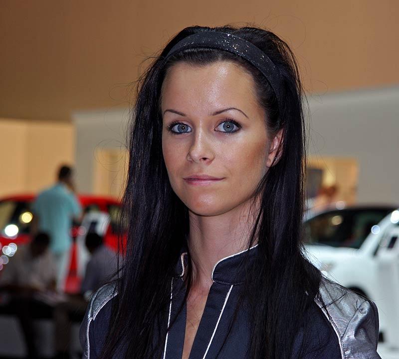 Autosalon Brno 2011: Babes: - fotka 24