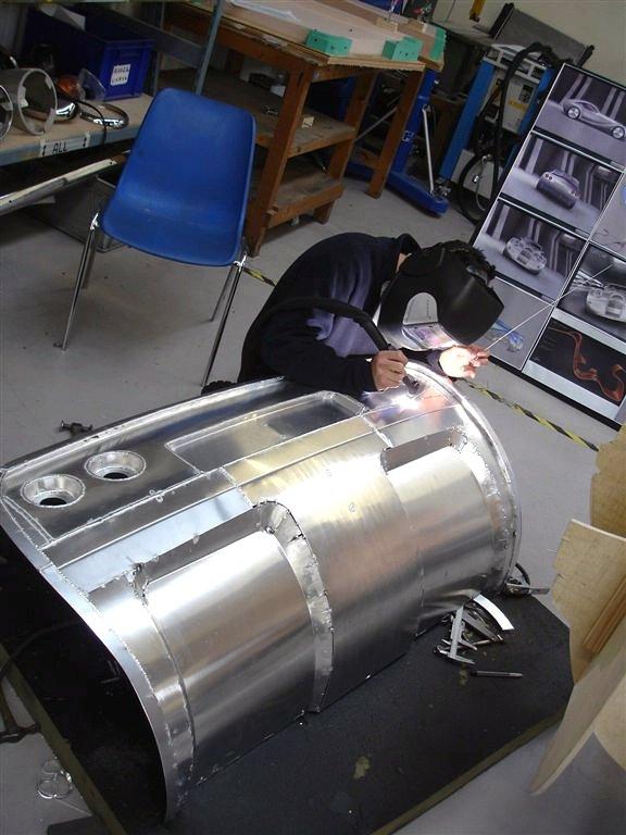 LIFECar2: Morgan plánuje výrobu dieselelektrického hybridu: - fotka 17