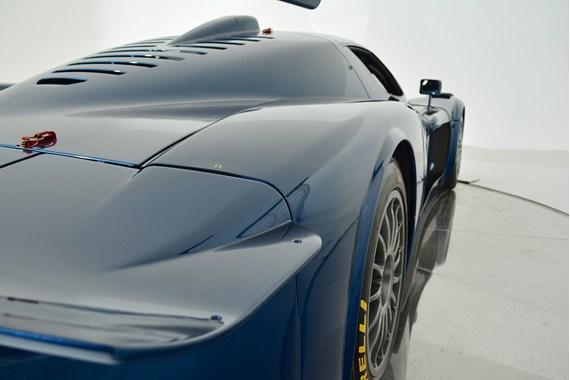 Prodám ojeté Maserati. Cena: 3 miliony dolarů: - fotka 22