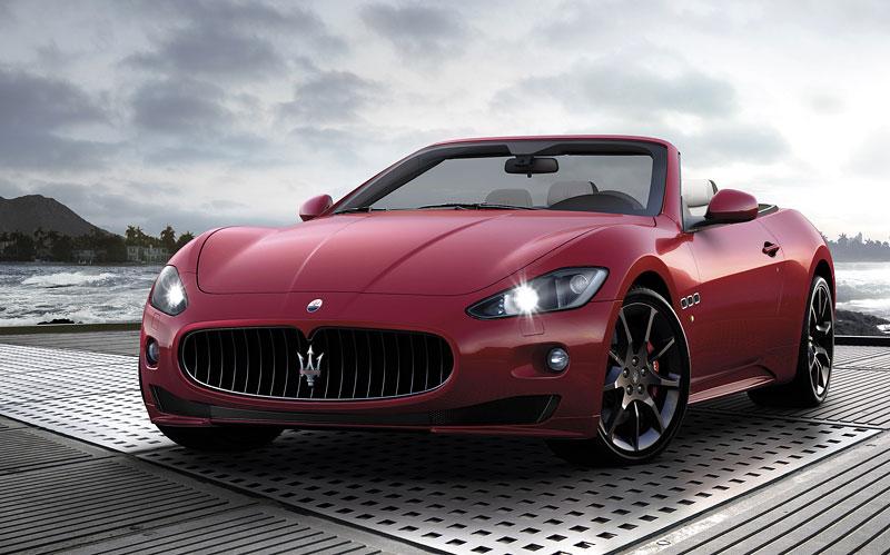 Ženeva 2011: Maserati GranCabrio Sport: - fotka 2