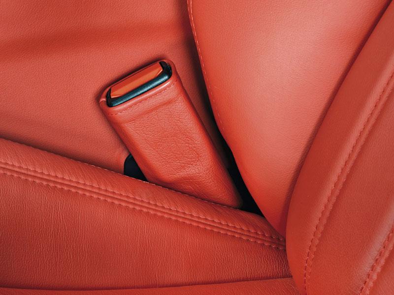 Pod lupou: Maserati GranTurismo – Poseidonova hračka pro velké cestování: - fotka 7