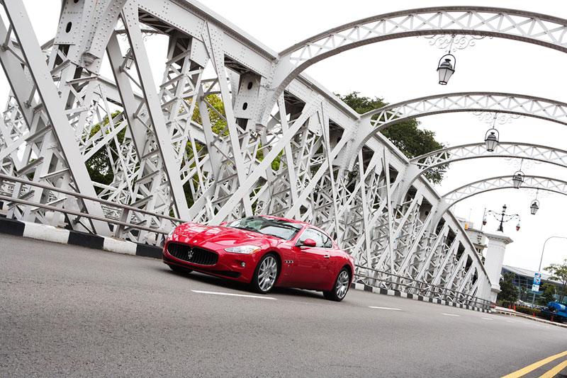 Pod lupou: Maserati GranTurismo – Poseidonova hračka pro velké cestování: - fotka 22