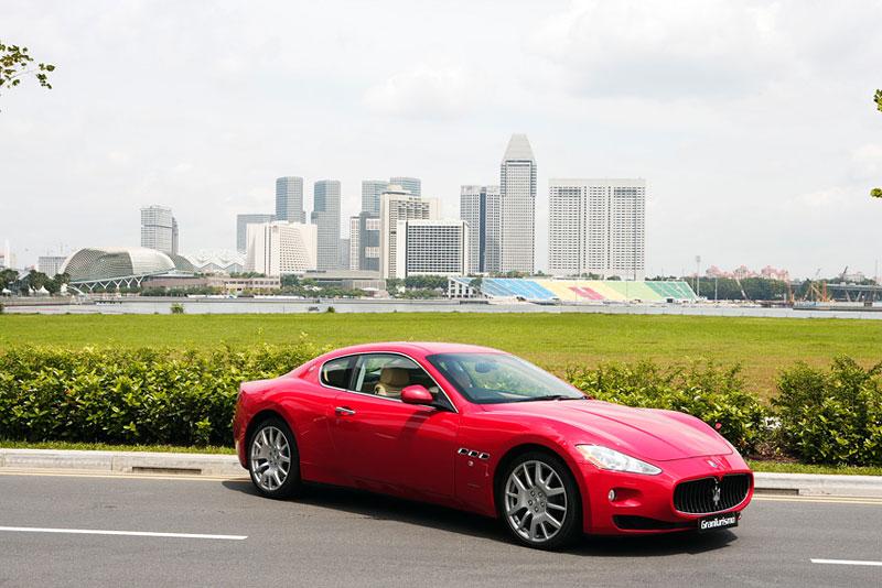 Pod lupou: Maserati GranTurismo – Poseidonova hračka pro velké cestování: - fotka 25