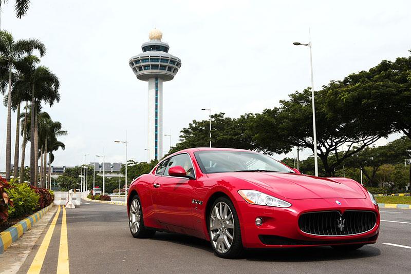 Pod lupou: Maserati GranTurismo – Poseidonova hračka pro velké cestování: - fotka 27