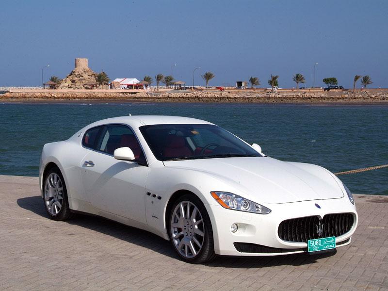 Pod lupou: Maserati GranTurismo – Poseidonova hračka pro velké cestování: - fotka 28