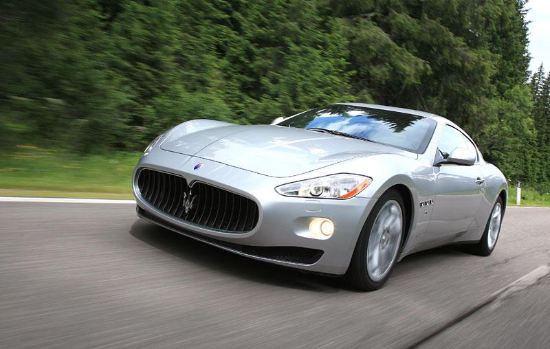 Pod lupou: Maserati GranTurismo – Poseidonova hračka pro velké cestování: - fotka 32