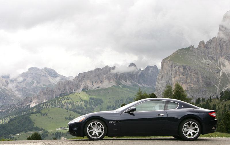 Pod lupou: Maserati GranTurismo – Poseidonova hračka pro velké cestování: - fotka 42