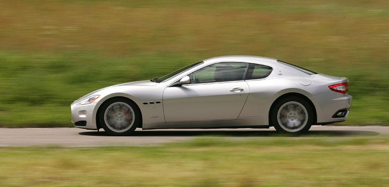 Pod lupou: Maserati GranTurismo – Poseidonova hračka pro velké cestování: - fotka 45