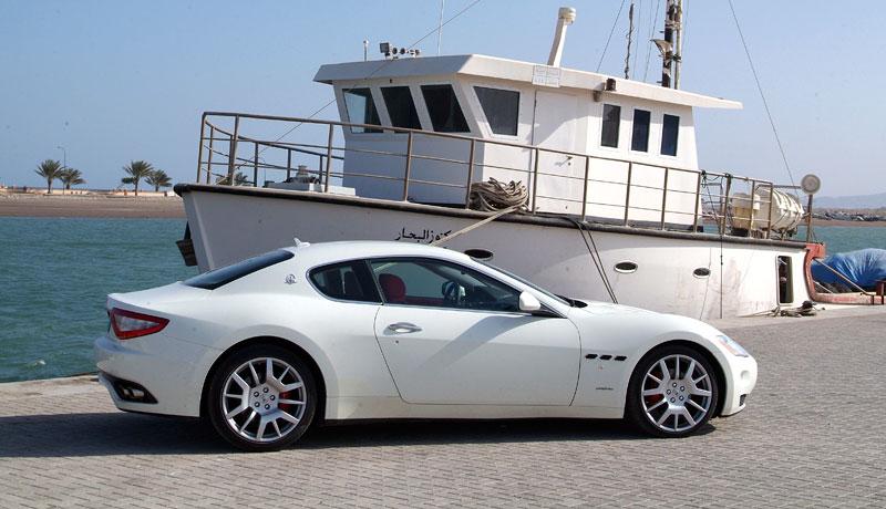 Pod lupou: Maserati GranTurismo – Poseidonova hračka pro velké cestování: - fotka 46