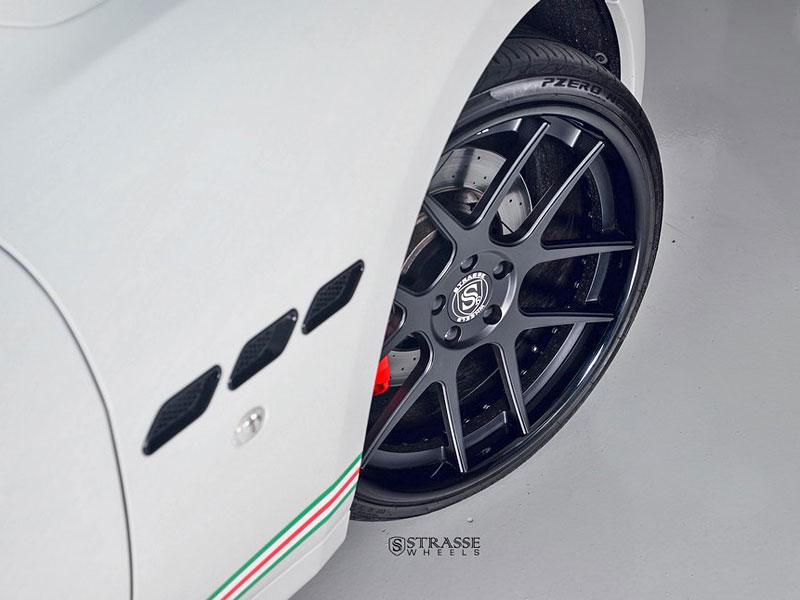 Maserati GranTurismo S od F355 Miami: Pro patrioty: - fotka 8