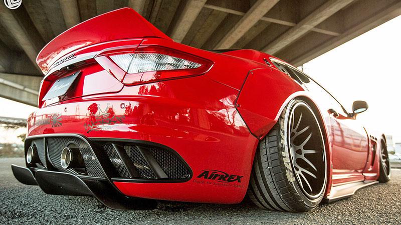 Maserati GranTurismo téměř jako závodní speciál: - fotka 18
