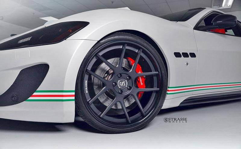 Maserati GranTurismo S od F355 Miami: Pro patrioty: - fotka 15