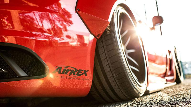 Maserati GranTurismo téměř jako závodní speciál: - fotka 19