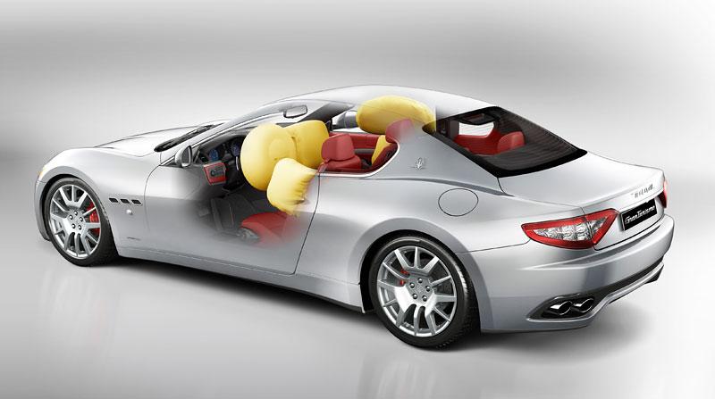 Pod lupou: Maserati GranTurismo – Poseidonova hračka pro velké cestování: - fotka 60