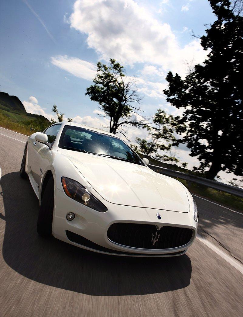 Maserati GranTurismo S - nová fotogalerie: - fotka 9