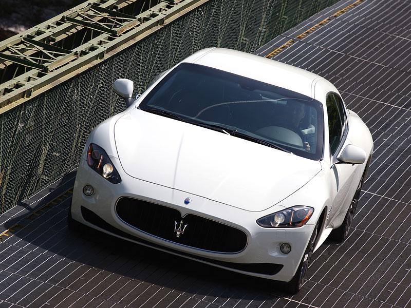 Maserati GranTurismo S - nová fotogalerie: - fotka 11
