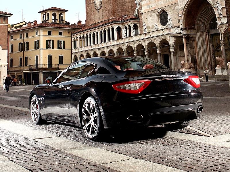 Maserati GranTurismo S - nová fotogalerie: - fotka 30