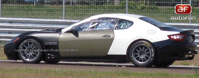 Spy Photos: Maserati GT Trofeo: - fotka 3