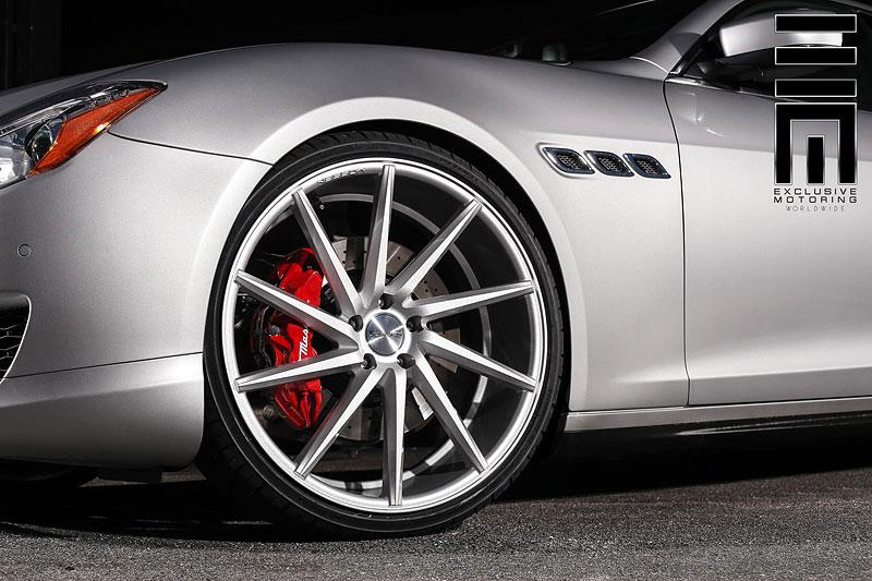 Maserati Quattroporte S Q4 s koly Vossen CVT: Stříbrný přízrak: - fotka 9