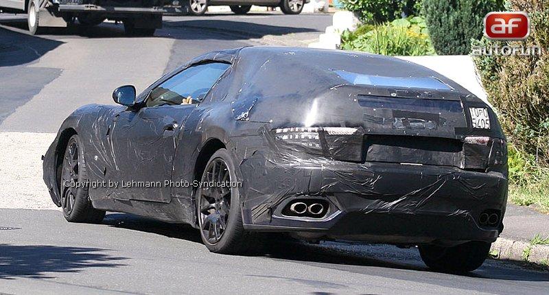 Spy Photos: Maserati Spider: - fotka 6