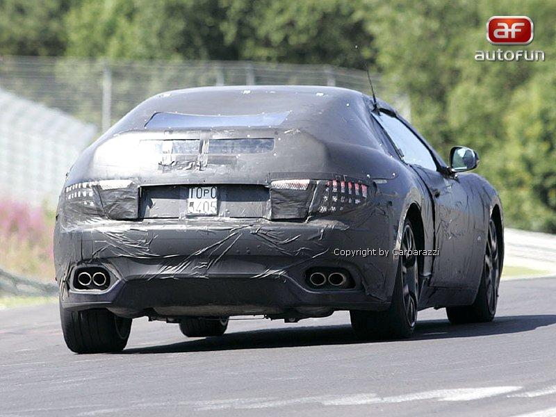 Spy Photos: Maserati Spider: - fotka 8