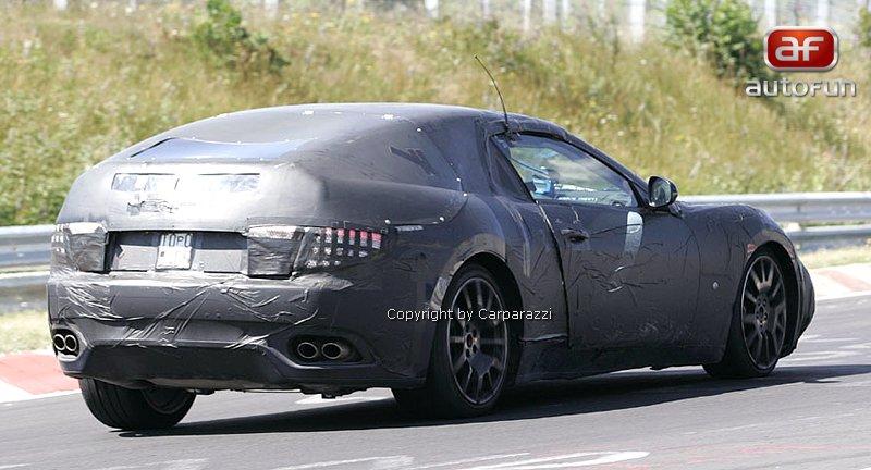 Spy Photos: Maserati Spider: - fotka 9