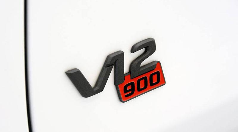 Mercedes-Maybach S 600 jako bílá raketa: - fotka 30