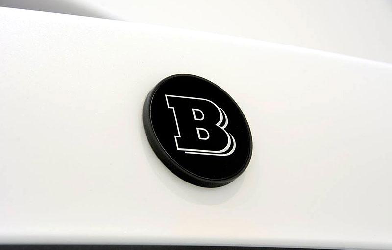 Mercedes-Maybach S 600 jako bílá raketa: - fotka 34