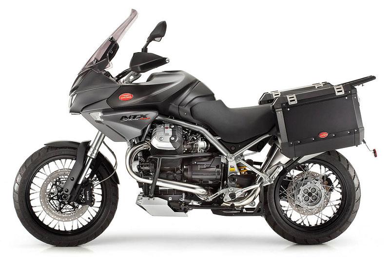 Moto Guzzi 2011 – Stelvio v novém kabátě: - fotka 2