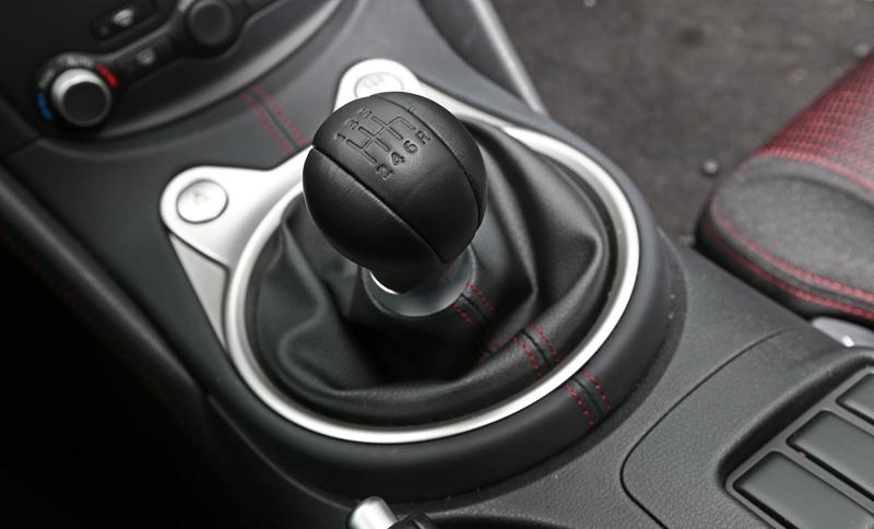 Za volantem: Nissan 370Z Nismo: - fotka 6