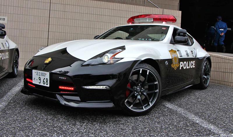Posily pro tokijskou policii: Nissany 370Z Nismo: - fotka 2