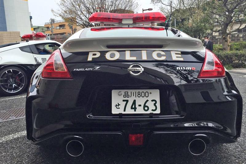 Posily pro tokijskou policii: Nissany 370Z Nismo: - fotka 3