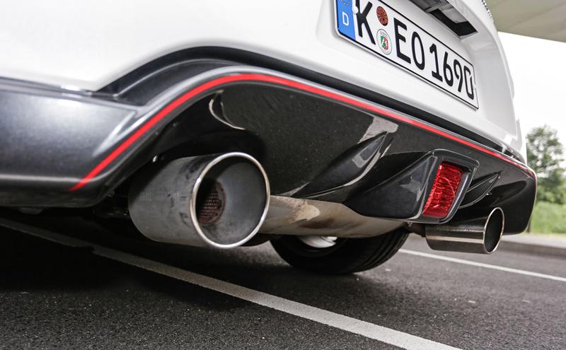 Za volantem: Nissan 370Z Nismo: - fotka 38