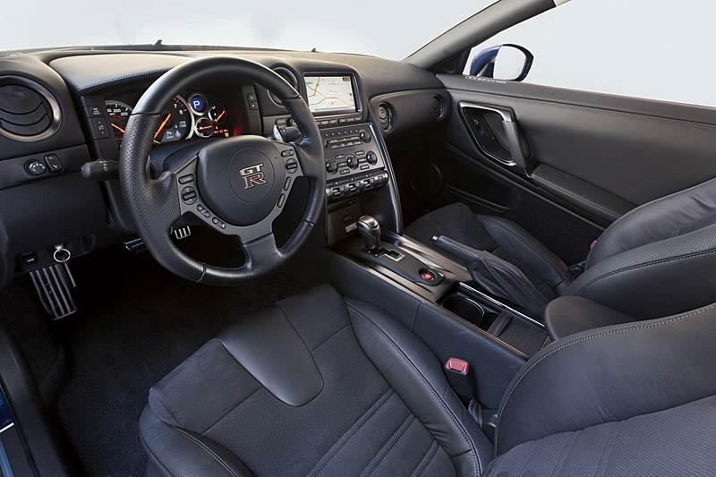 Nissan GT-R: fotogalerie verze modelového roku 2011: - fotka 1