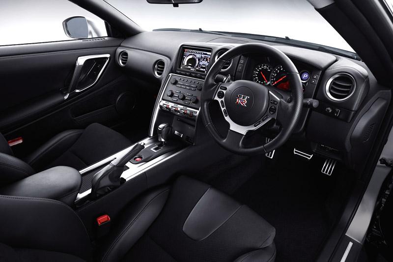 Nissan odstraní z GT-R systém Launch Control: - fotka 8