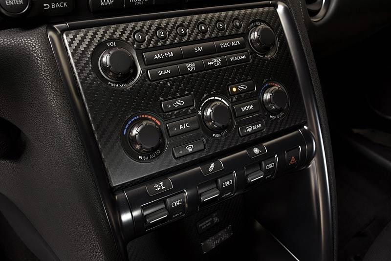 Nissan GT-R vylepšil o 2,48 s svůj rekord na Nordschleife: - fotka 6