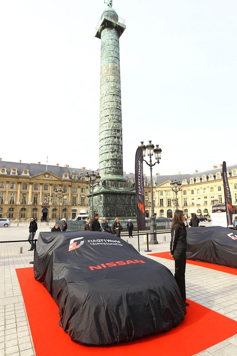 Nissan GT-R: letošní speciál pro FIA GT1 představen: - fotka 8