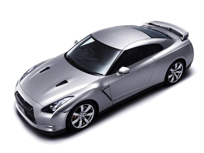 Pod lupou: Nissan GT-R – Megacloumák: - fotka 25
